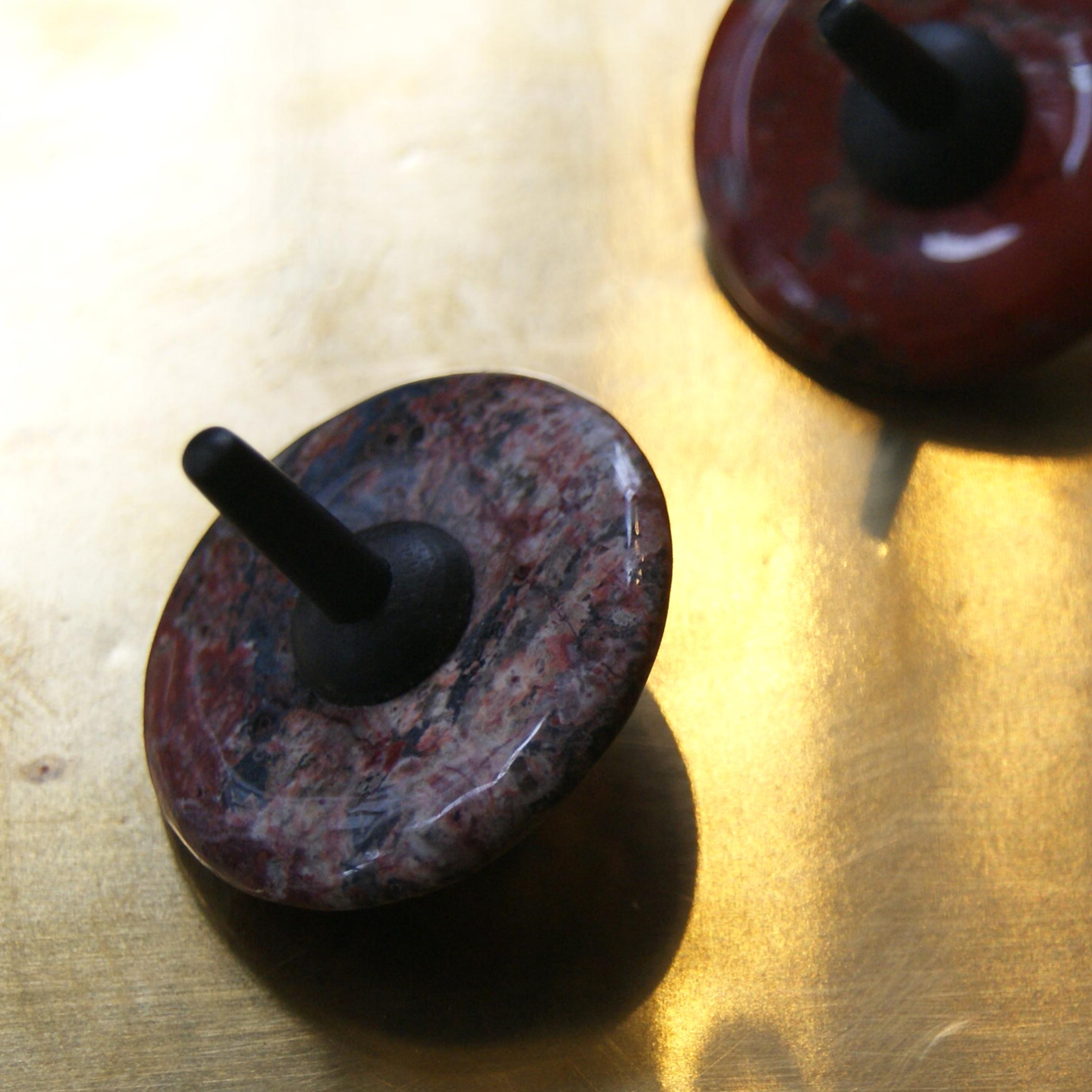 Donut - natuurstenen tol