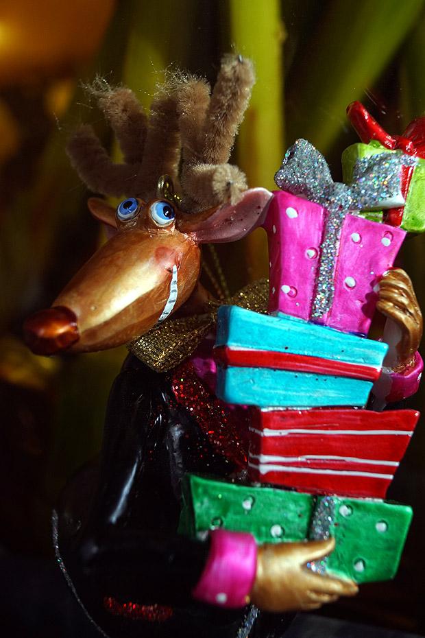 Schreuder & Kraan kerstcollectie: shoppend rendier